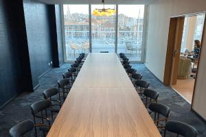 Location salle de réunion de 26 personnes à Marseille